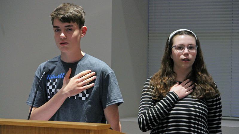 Two Tidwell students pledge