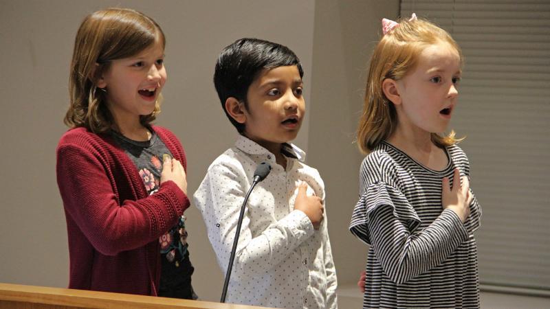 Roanoke Elementary students led the pledge