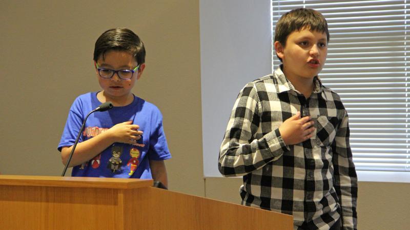 Cox Elementary School students led the pledge.
