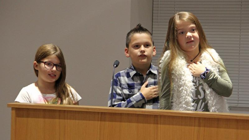 Haslet Elementary School students led the pledge.