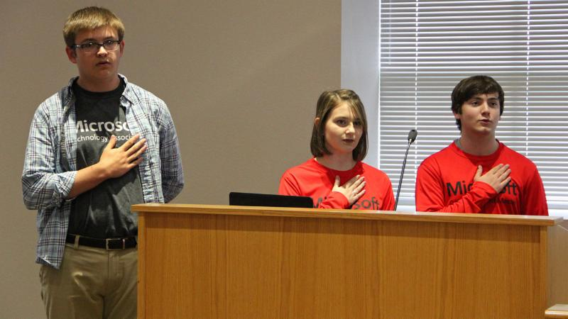 Steele Accelerated High School students led the pledge.