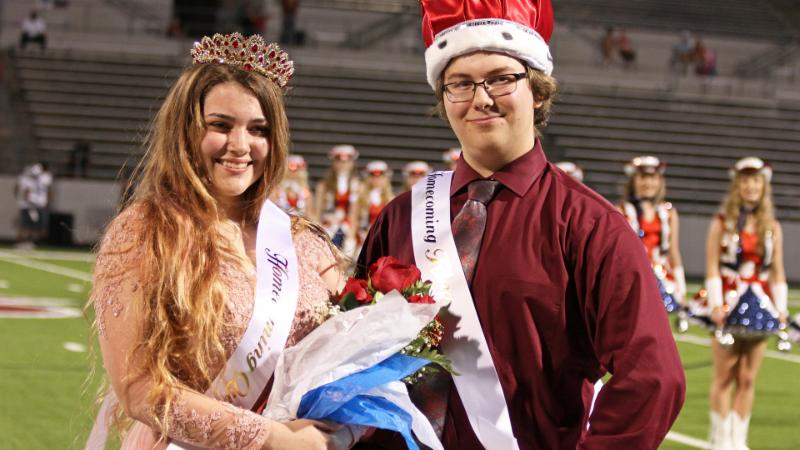 Northwest homecoming king and queen_ Jaeden Abbe and Summer Reed