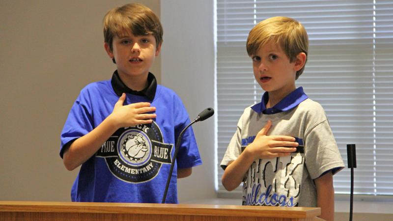 Beck Elementary School students led the Pledge of Allegiance.