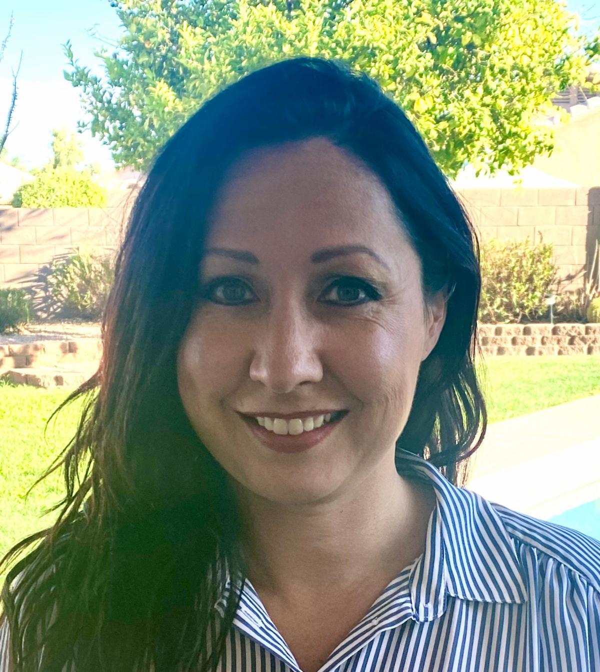 Headshot of Lauri Hunter