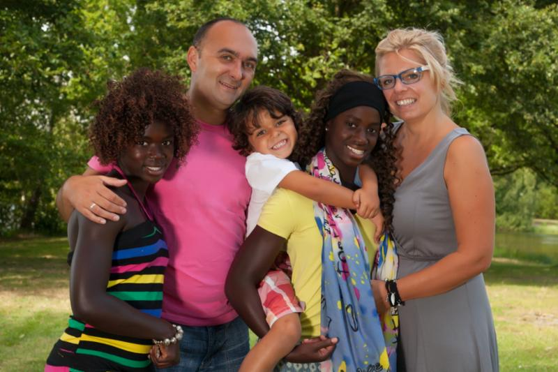 multiracial_family.jpg