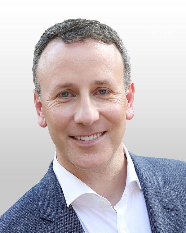 2018 Customer Service Revolution Speaker Adam Toporek