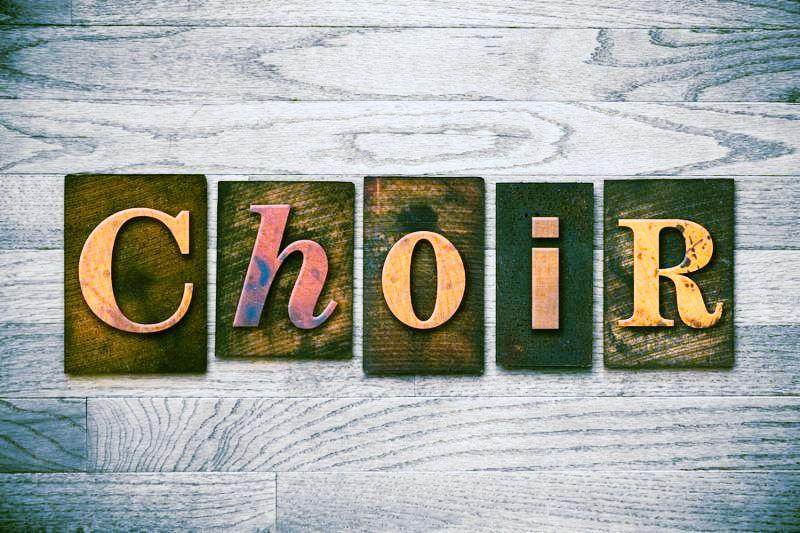 The word  CHOIR  written in wooden letterpress type.