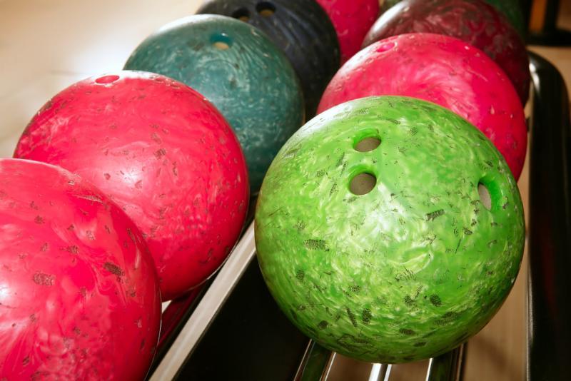 neon_bowling_balls.jpg