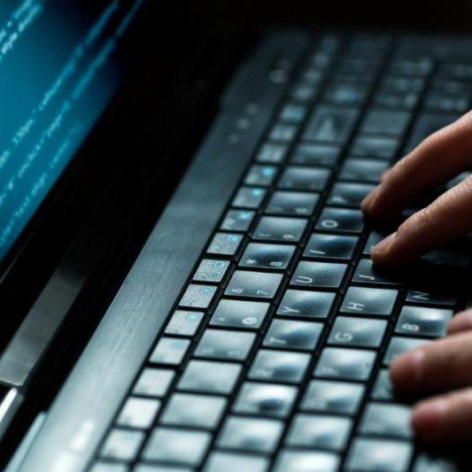 crime_hacking.computers.jpg