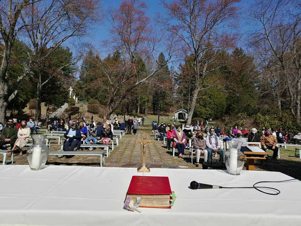 Easter Sunday Mass at Fatima Shrine