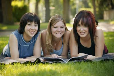 three-studying-girls.jpg