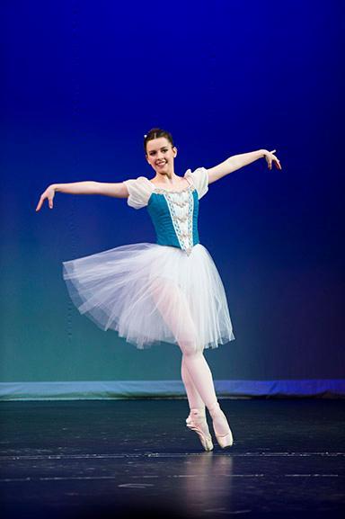 Macdonald-Dancer-