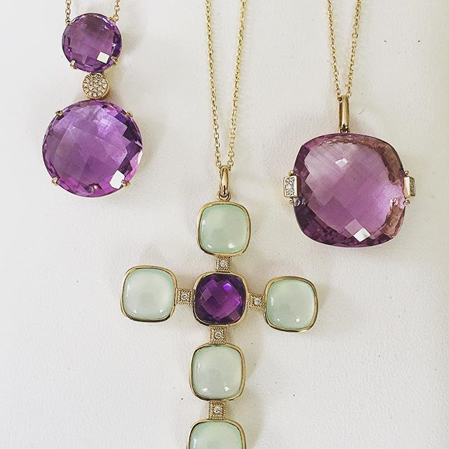 TOMORROW, Monday, May 1st, is the FINAL day of our Boston Trunk Show! We'll be Canton from 12-8! Come by and see gorgeous, fine 14k gold & gemstone jewelry items starting at only $300. Lovely gifts for Mothers Day, and any upcoming Communions and Graduati