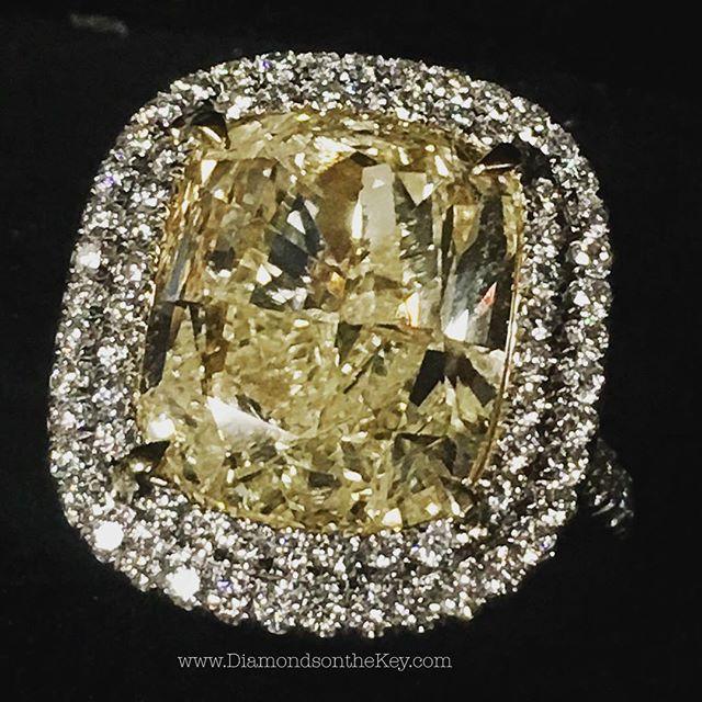 9.30 carat GIA certified Fancy Light Yellow diamond ring #ValentinesDay