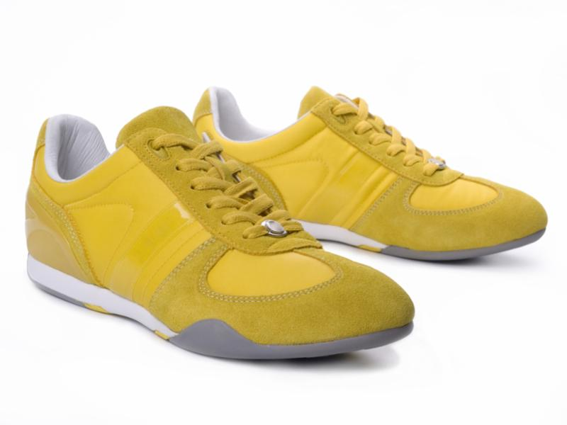 yellow_sneakers_cool.jpg