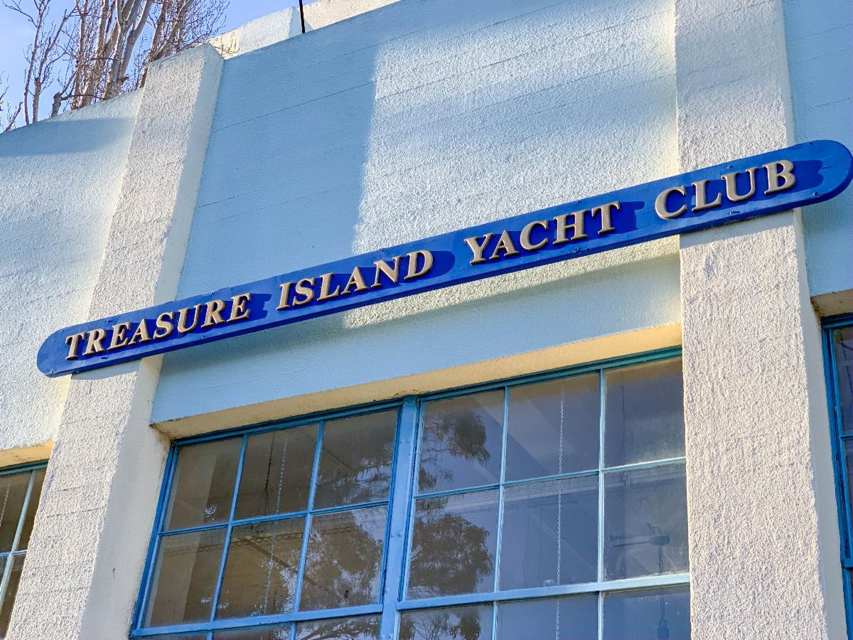 Treasure Island Yacht Club sign