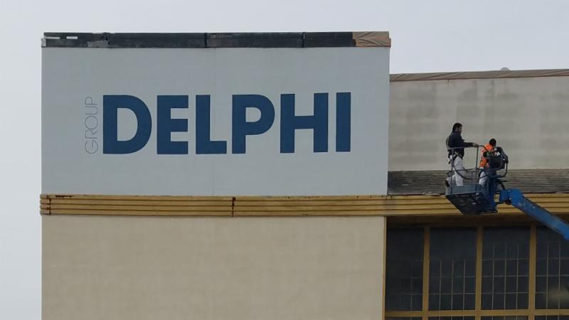 Group Delphi - Exterior