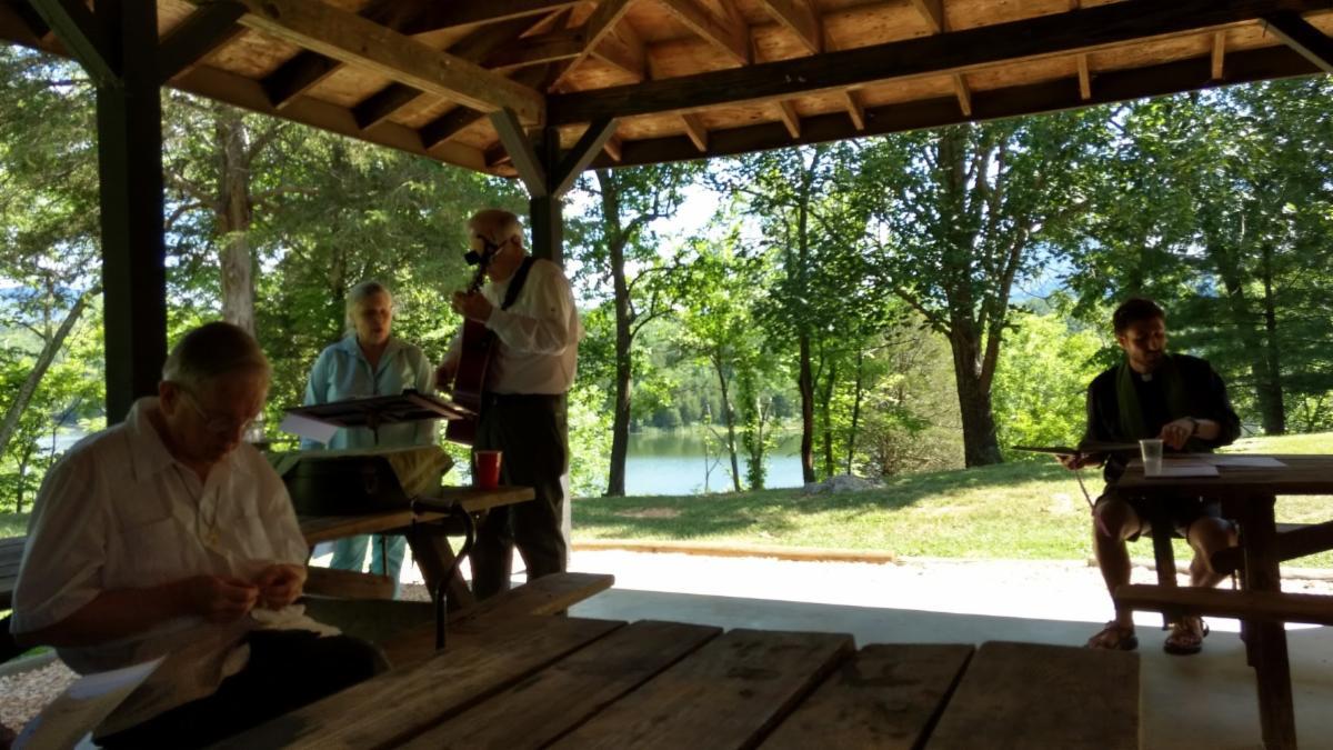 Lake robertson.jpg
