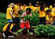 First Lady celebrates WH garden