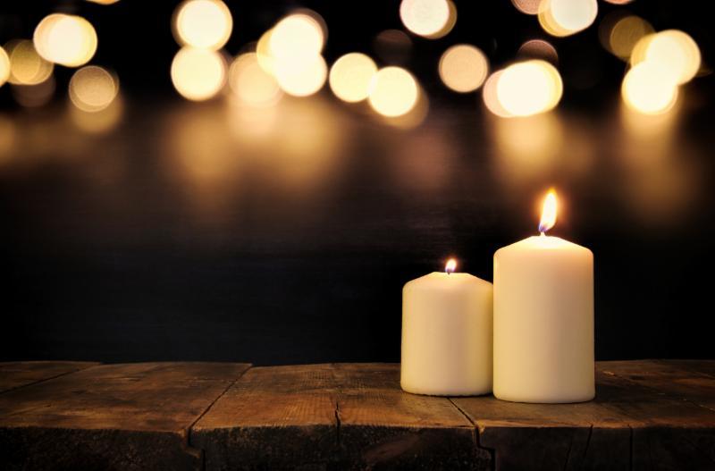 2 lit candles