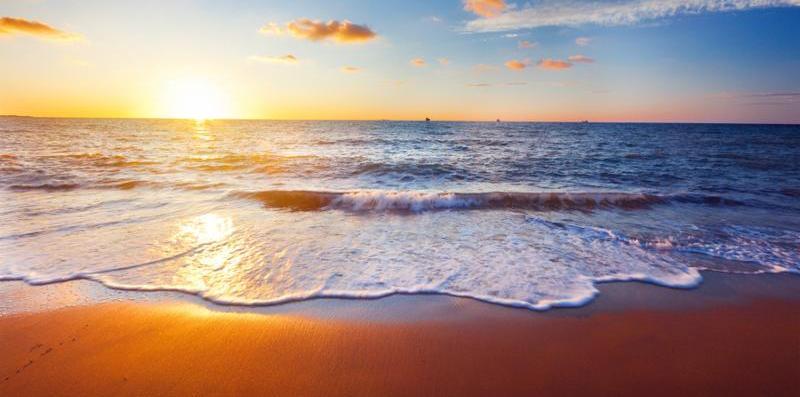 sunset_beach_sun.jpg