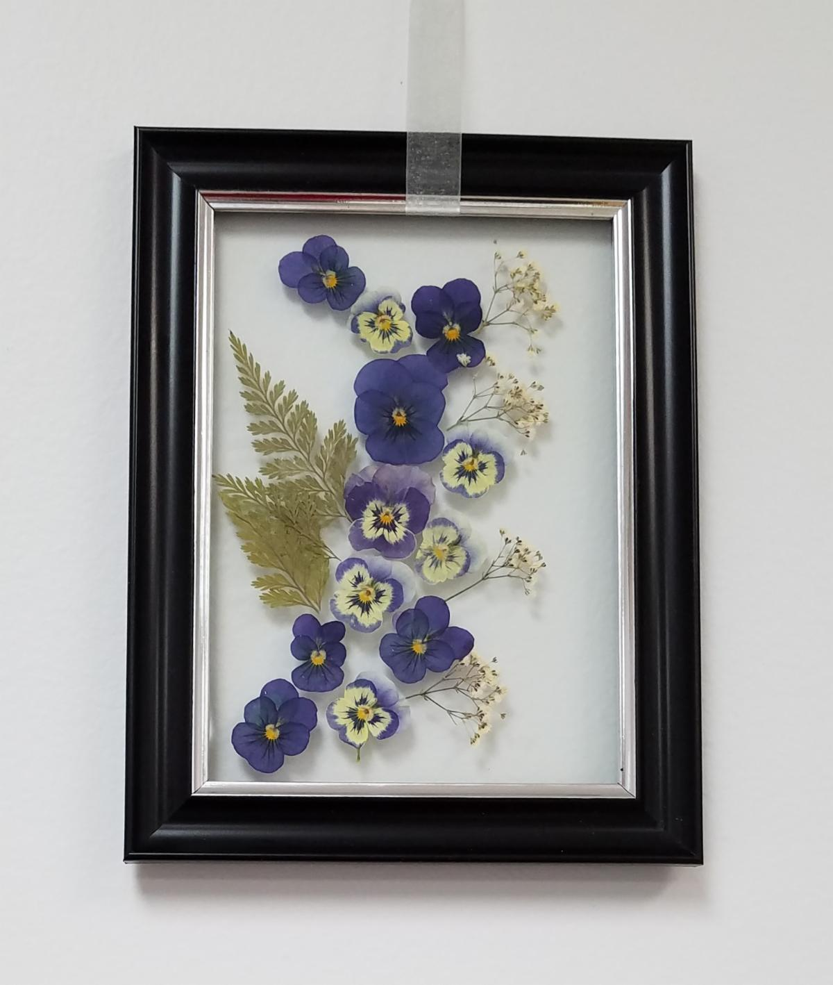 Pressed Flowers Glass Art project picture by JoAnne Jolley