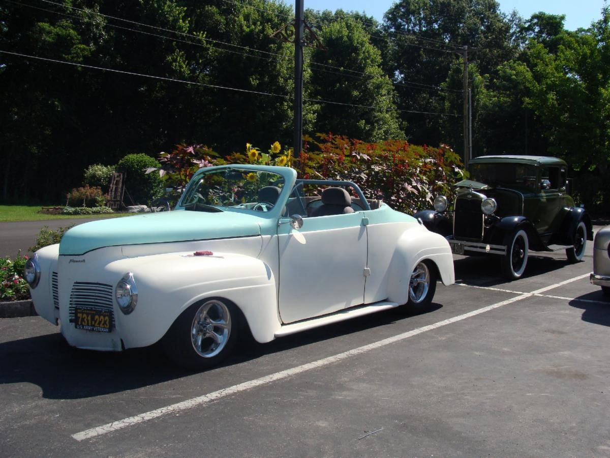 Classic car at Bill and Friends Valley of the Flowers Car Show at Hillermann Nursery & Florist