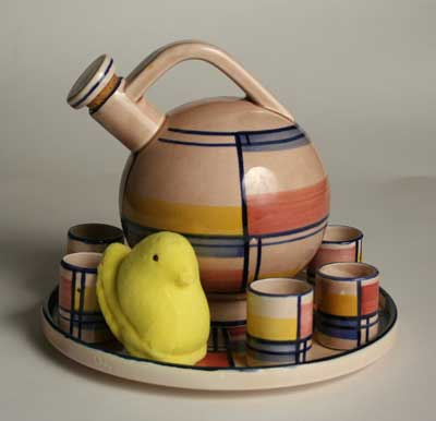 Eva Zeisel decanter with tumblers and peep