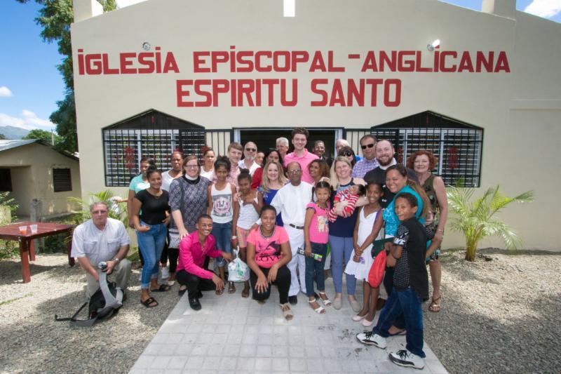 Consecration of Esp_ritu Santo