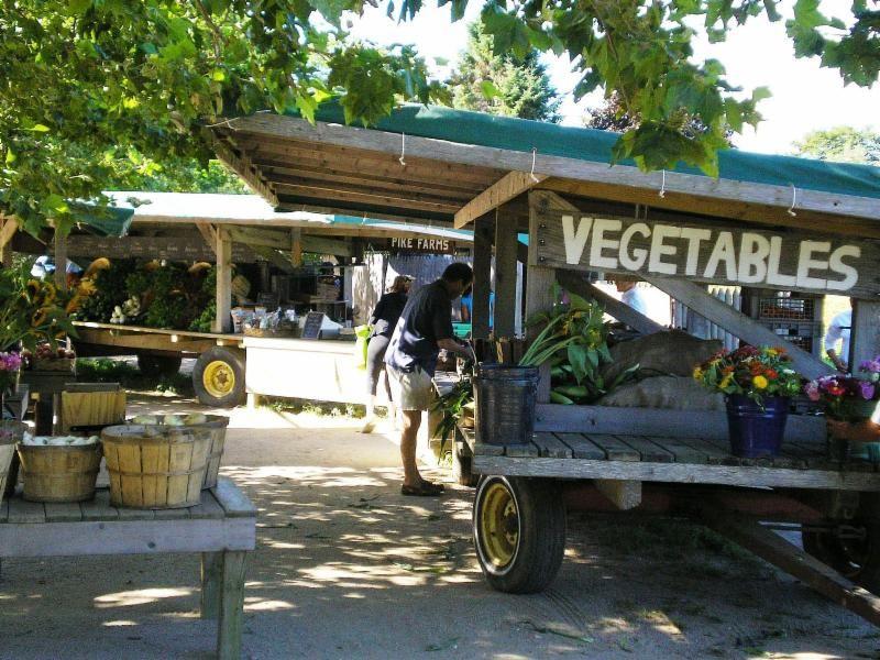 farmers market, vegetable