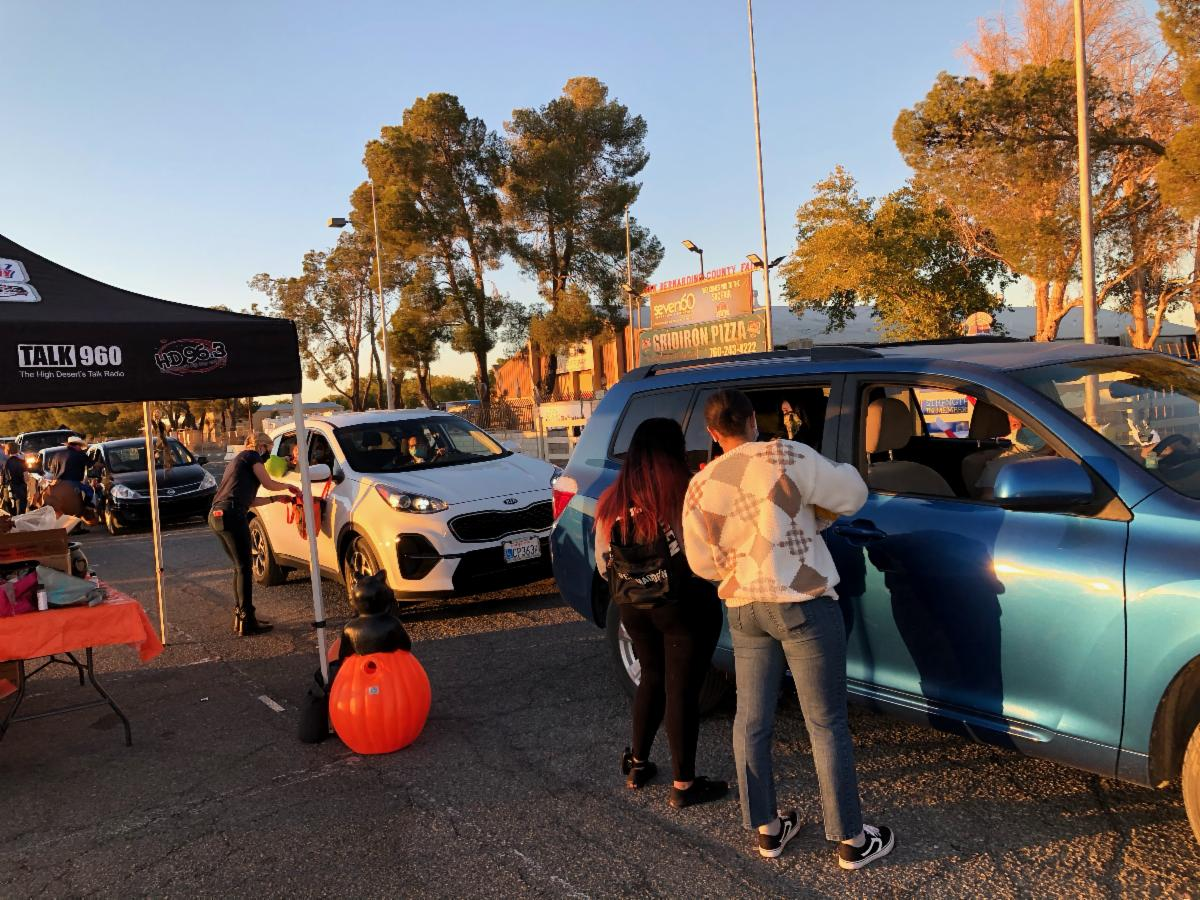 cars in line for trunk or treat