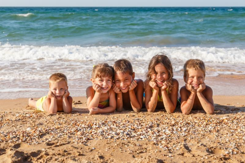 five_kids_on_beach.jpg
