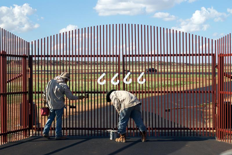 Painting gates of 6666 airfield