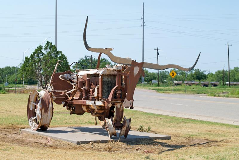 Knox City tractor art