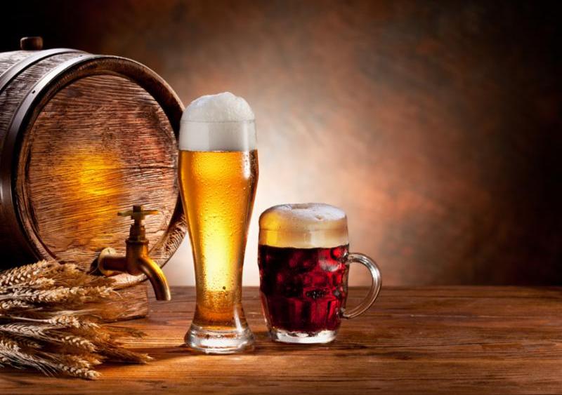 beer_barrel_with_glasses.jpg