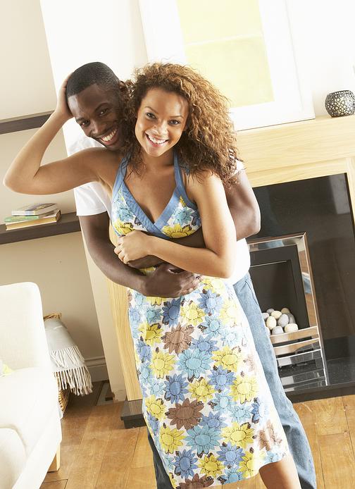 happy_young_couple.jpg