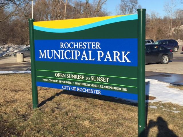 Roch Munipal Park Sign.JPG