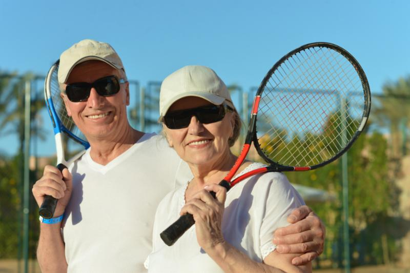 senior_couple_plays_tennis.jpg