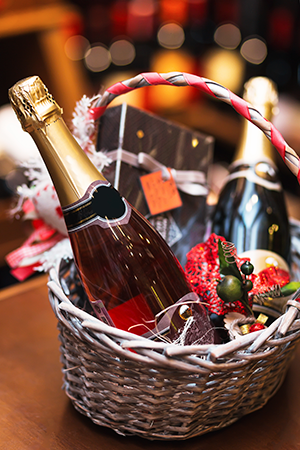 Gift basket with wine