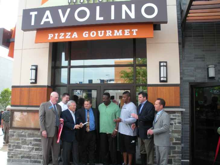 Tavolino Ribbon Cutting