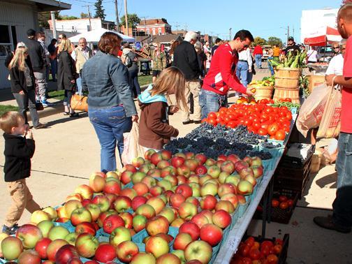 LeClaire Apple Fest