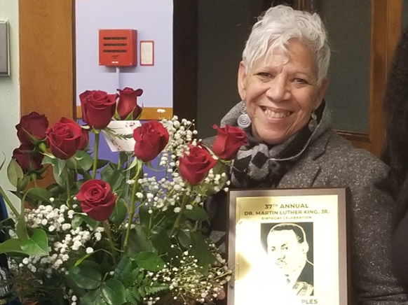MPS Joyce Peoples with award
