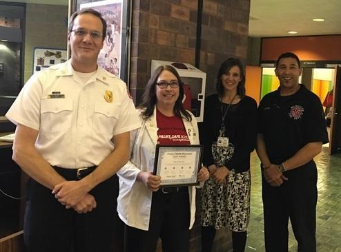 Nurse receives award