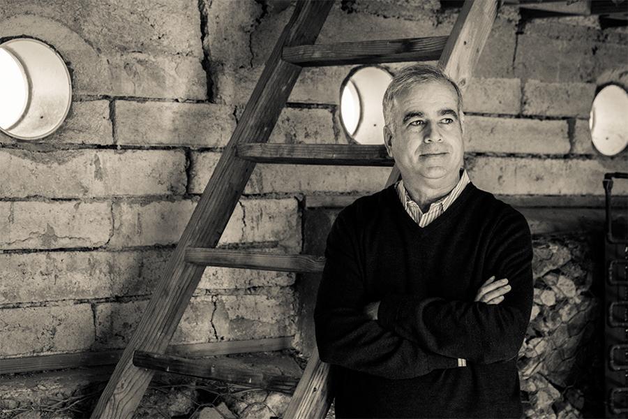 pablo la roche, interim director, lyle center for regenerative studies mark maryanovich photography