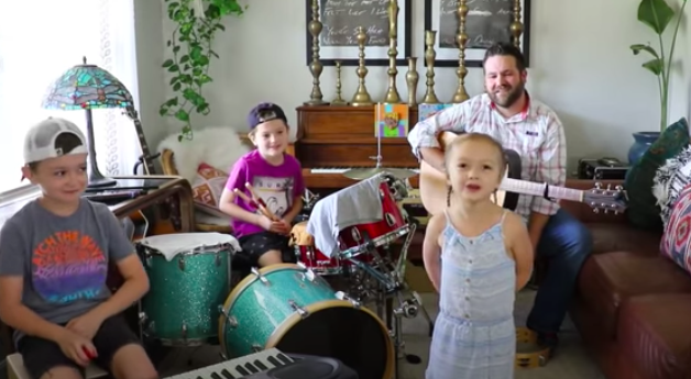 Family performs 'You can call me Al'