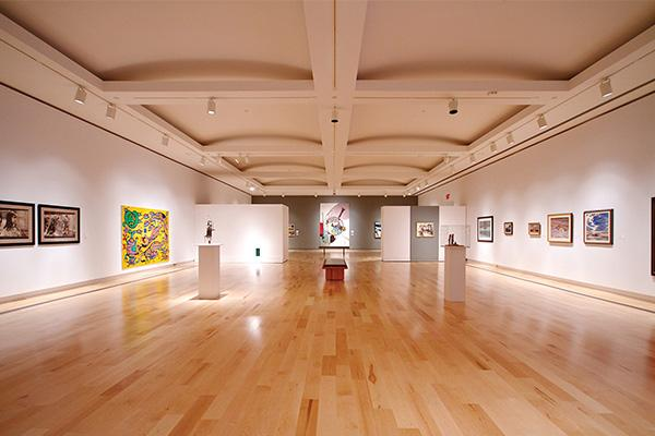 A photo of an art gallery.
