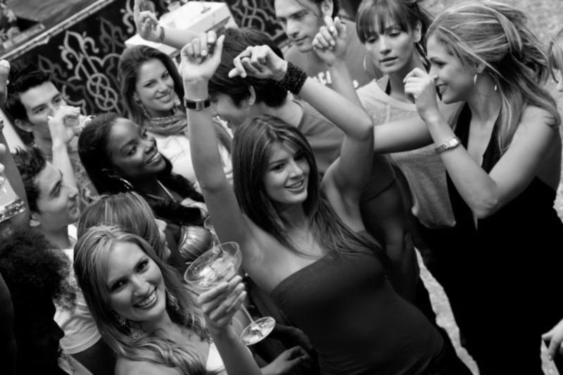 women_partying_dance.jpg