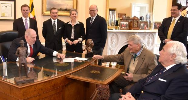 Governor signs Metro Safety Compact legislation