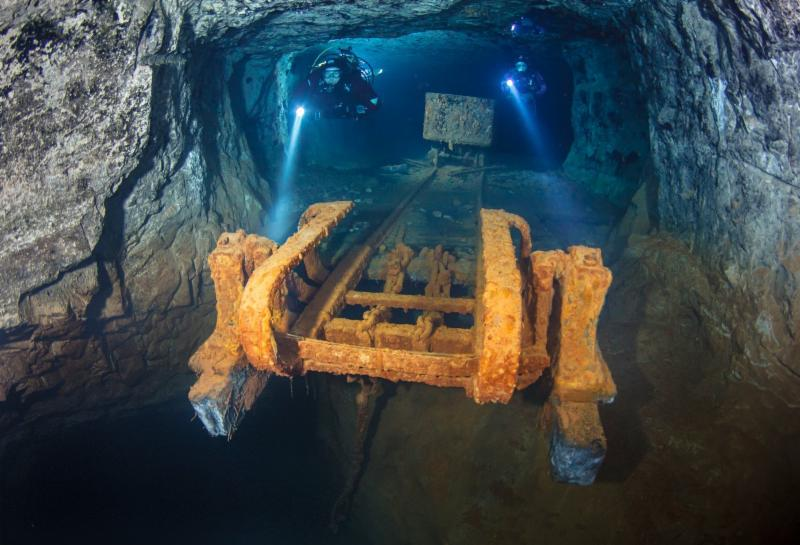 Bonne Terre Mine scuba diving