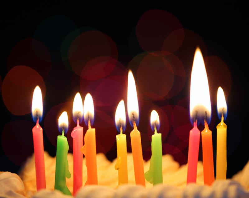 ten_colorful_candles_cake.jpg
